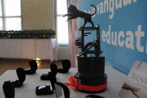 """Maestra de UTL Acámbaro es galardonada con el """"León Cósmico"""""""