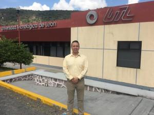 Gana profesor de UAS beca para viajar a Canadá