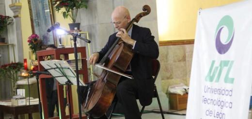 Carlos Prieto1